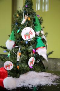 Umgås Gets Crafty For Christmas