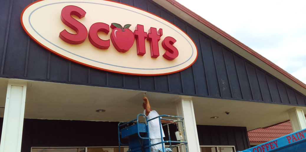 Scott's Hometown Foods - exterior shot