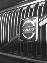 Volvo Going Driverless