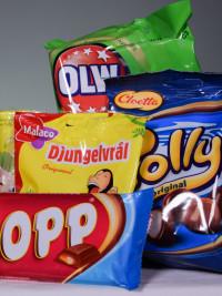 Americans Try Swedish Snacks