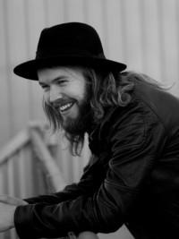 Sound Check With Swedish Guitarist David Henriksson