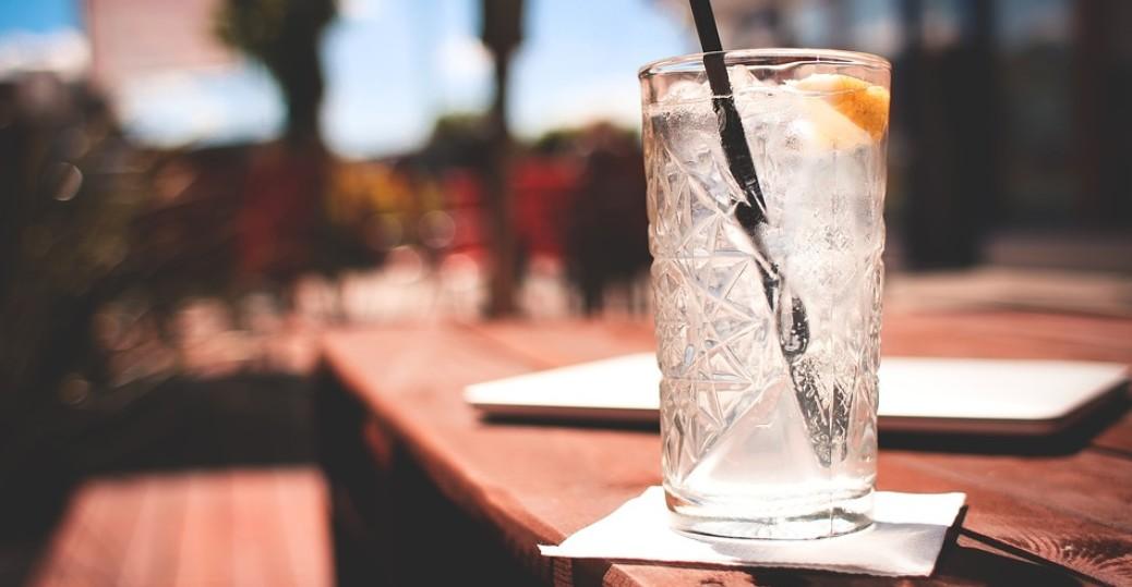 Three Aquavit Recipes for your Midsummer Celebration - Umgås