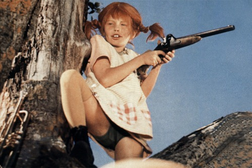 Pippi Longstocking showing everyone who's boss