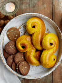 Swe-Dishes: Swedish Cookies And Treats For Your Holiday Dessert Table