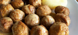 SWE-Dishes: Ann Sather's Swedish Meatball